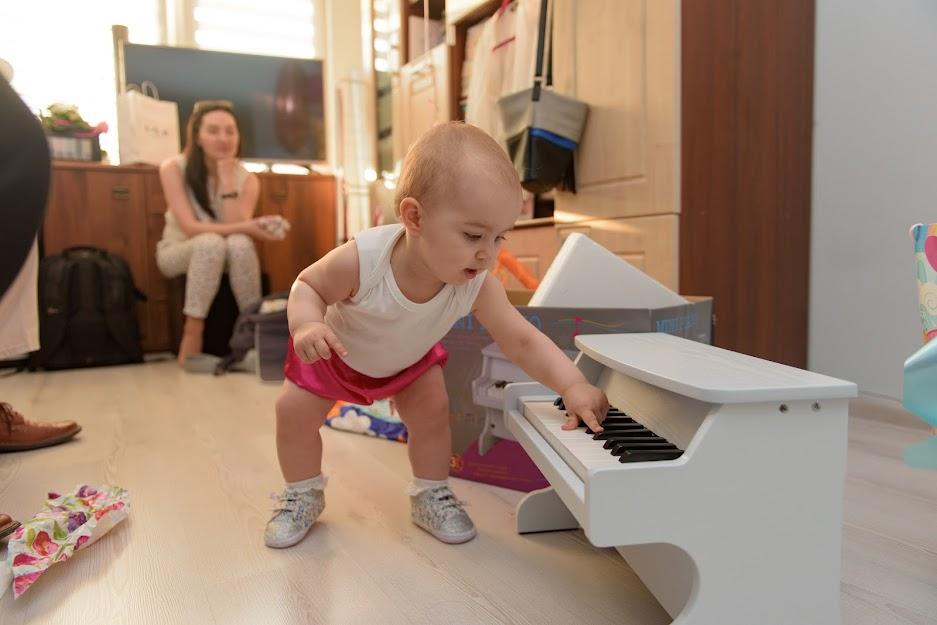 The Transparent Piano Method