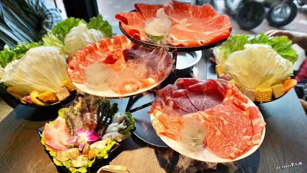 高雄舞古賀鍋物專門店,大啖美牛和牛海鮮火鍋。