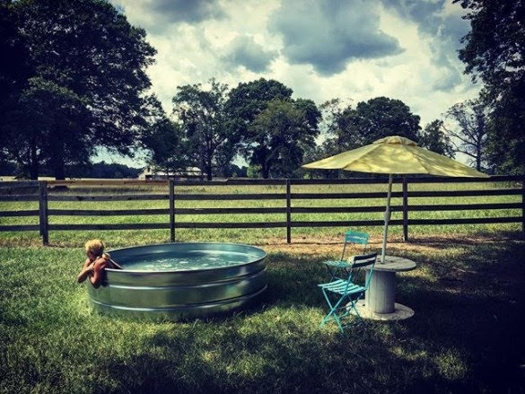 7+ Stock Tank Pool Ideas For Your Incredible Summer [MUST ...