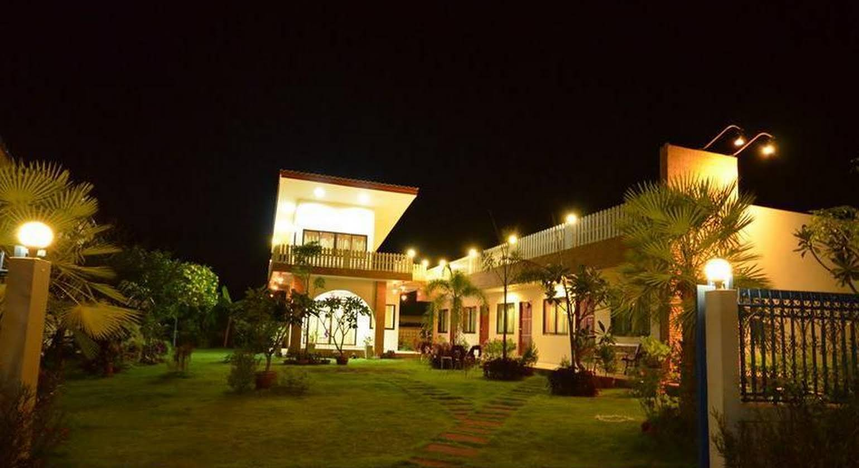 Charming Home Resort