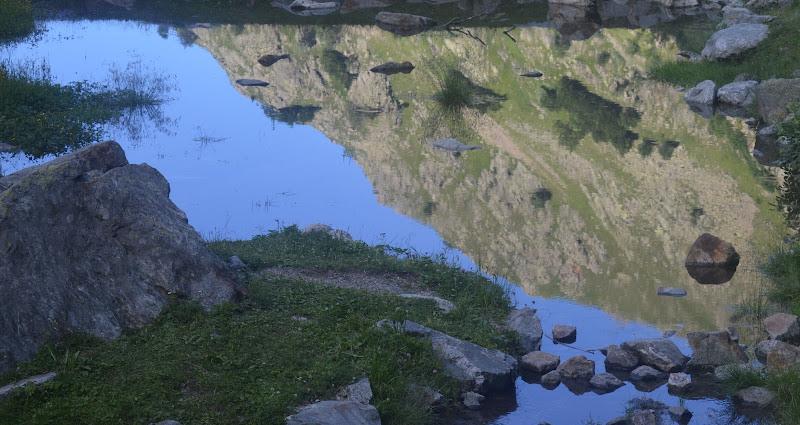 la montagna nel lago di fedecarletto