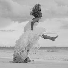 Wedding photographer Caro Navarro (caronavarro). Photo of 19.10.2016