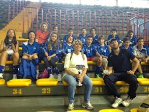 """Photo: la nostra Prof Angela Foresta - premiazione - la Dante vince la finalissima battendo la scuola """"Gabelli"""" di Misterbianco 2-0"""