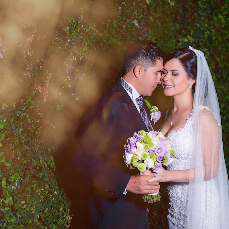Wedding photographer Andrés Brenes robles (brenes-robles). Photo of 19.09.2017