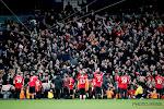 Slecht nieuws voor middenvelder van Manchester United: hij verliet het stadion op krukken