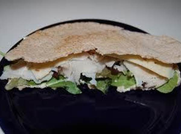 Turkey Pita Sandwiches With Hummus And Guacamole Recipe
