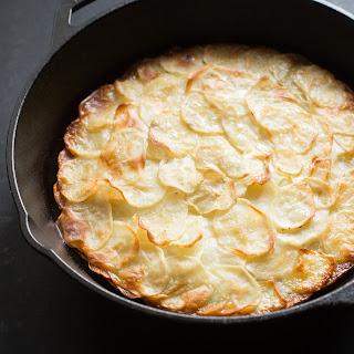 Pommes Anna (Potatoes Anna).