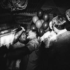 Wedding photographer Yuliya Sergeeva (JuliaSerg). Photo of 03.08.2015