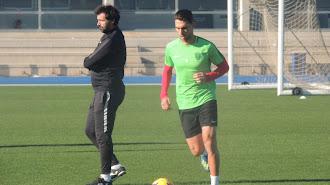 Jesús Muñoz en el entrenamiento del Almería.