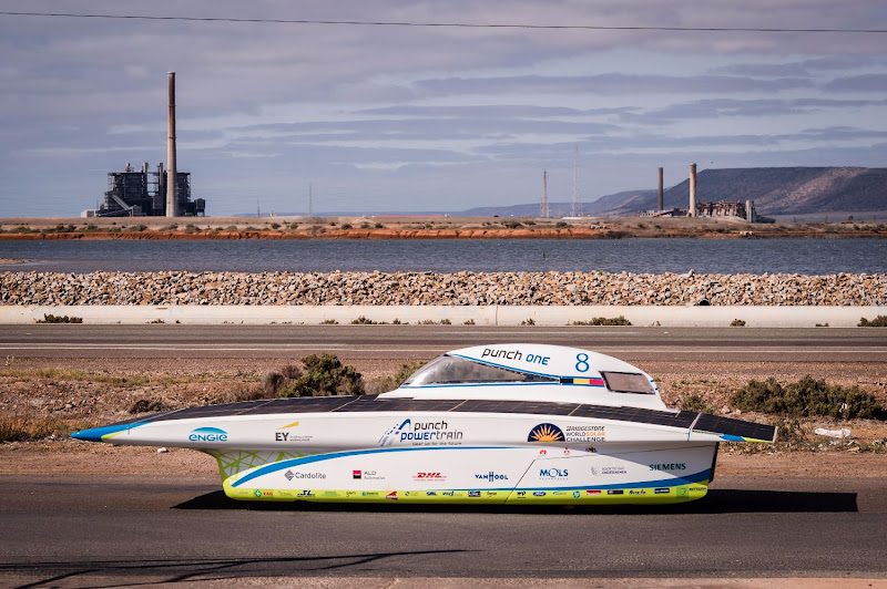 Bridgestone World Solar Challenge 2015