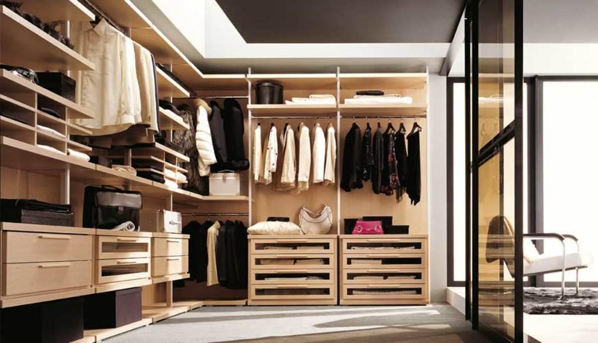 Choose your Favorite Walk-in closet