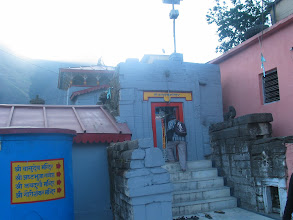 Photo: Sri. Vasudevan temple just opp to Nrsimhan temple at Tiru Piridhi