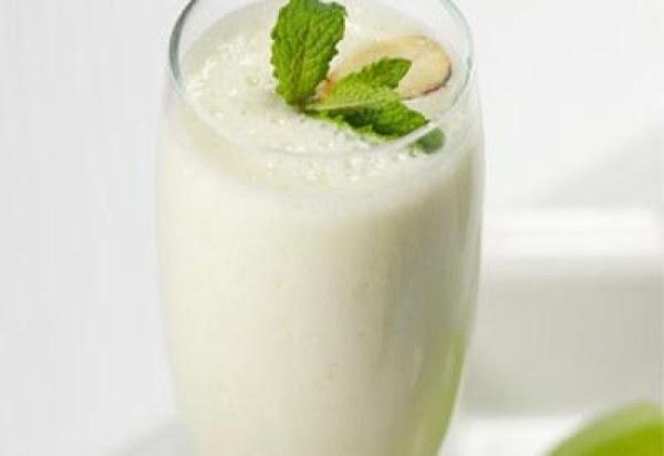 Apple Yogurt Smoothie Recipe