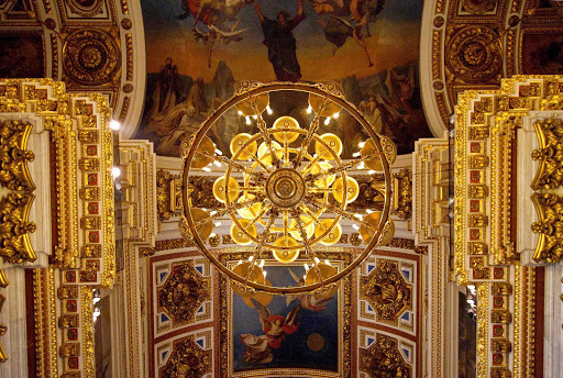 Azamara-St-Isaacs2-Russia.jpg - View of the ceiling in Saint Isaac's Cathedral in St.Petersburg, Russia.
