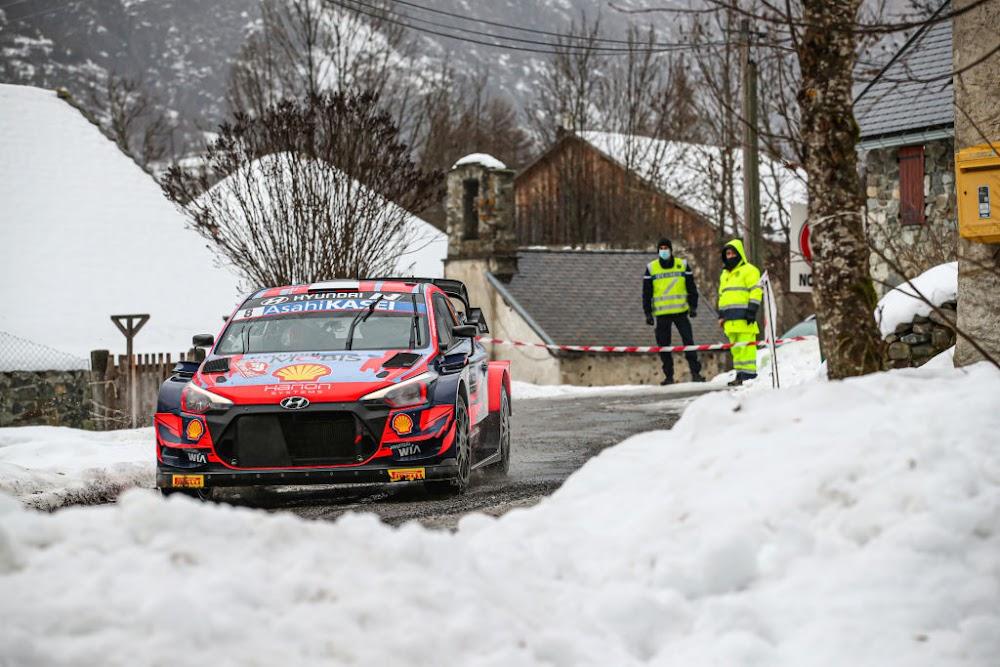 Tanak takes early lead in Monte Carlo season-opener