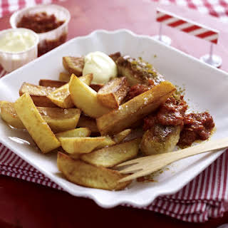 Sausage, French Fries and Chunky Curry Tomato Sauce.