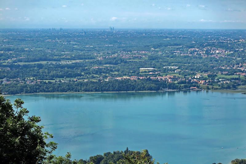 Milano dal Cornizzolo di -Os-