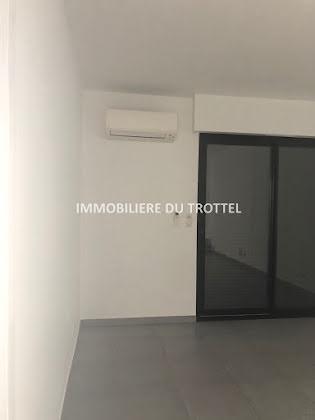 Location duplex 3 pièces 88,9 m2