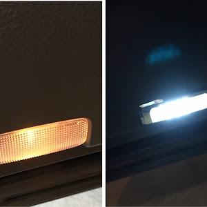 ハリアー ZSU65W 4WD 2017年式のランプのカスタム事例画像 はむはむさんの2018年12月13日23:14の投稿