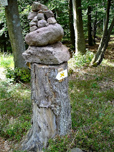 Photo: un cairn vosgien