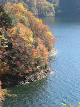 Photo: 展望臺から有峰湖岸