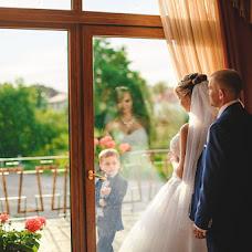Wedding photographer Anatoliy Roschina (tosik84). Photo of 02.09.2016