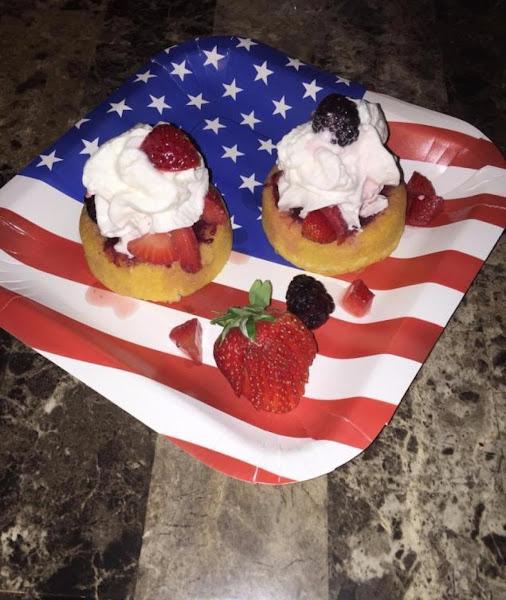 Vanilla Cola Berry Cream Shortcake Deluxe Recipe