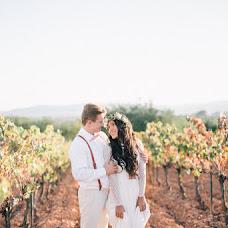 Wedding photographer Olya Kobruseva (LeelooTheFirst). Photo of 02.11.2017