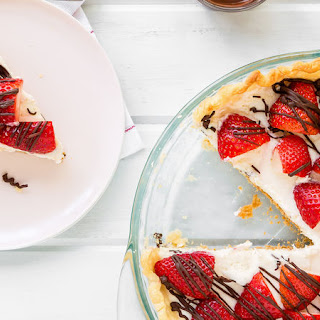 White Chocolate Pie with Strawberries.