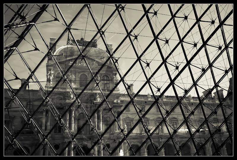 Inside Louvre di marco pardi photo