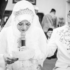 Wedding photographer Gigih noval Yudhiwardana (yudhiwardana). Photo of 07.10.2015