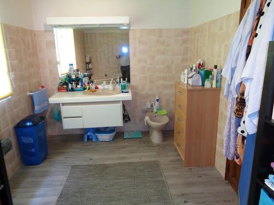 Vente villa 6 pièces 180 m2