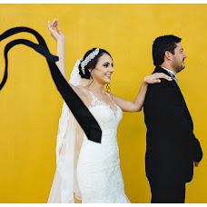 Wedding photographer Carlos Carnero (carloscarnero). Photo of 22.01.2019