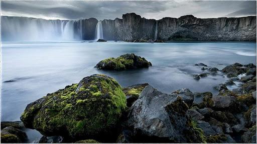 1080滝の写真