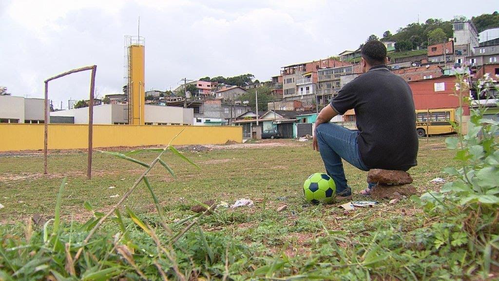 Geraldo Luís mostra como está um ex-jogador de futebol que perdeu tudo devido ao vício das drogas