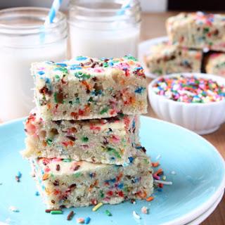 One Bowl + 30 Minute Vegan Funfetti Cake Bars.
