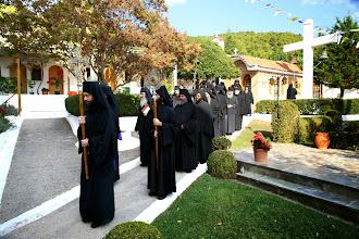 Photo: Шествие на манастирското братство с мощите на свети Киприан и Иустина от манастирския параклис до катедралния храм.