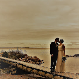 by Kathe Brorsson - Wedding Bride & Groom