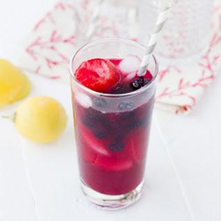 Easy Homemade Berry Lemondae.