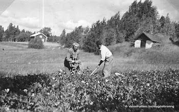 Photo: Dammen. Karl och Henry Fahlgren