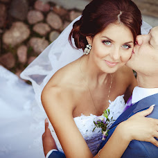 Wedding photographer Sonya Badeeva (SoniaSverchok). Photo of 07.11.2014