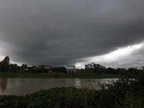 Photo: Aufziehendes Gewitter in Svay Rieng