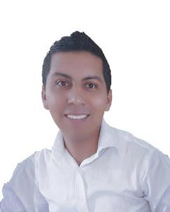 Lcdo. Víctor Centeno