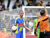 """Geldhof explique la rouge de Schuermans: """"Aucune intention de jouer le ballon"""""""