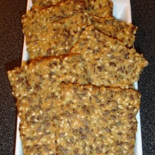 """""""Bread"""" / Crackers (very low carb!)"""