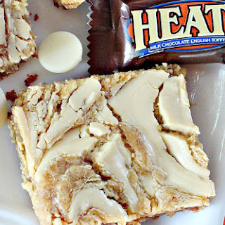 WHITE CHOCOLATE TOFFEE PEANUT BUTTER BROWNIES.