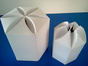 Photo: Caixas (21) grande e pequena para produtos diversos (detalhes na abertura).