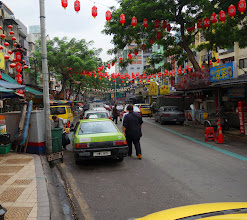 Photo: Jalan Alor street is famous for lots of restaurants