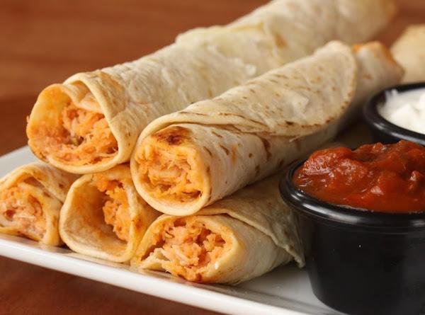 Easy Chicken Flautas Recipe