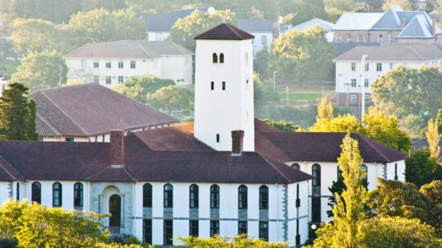 Returning Rhodes University student placed in isolation after allegedly being allowed to go home - TimesLIVE